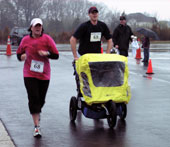 Runners at the 2009 Van Metre 5-Mile Race